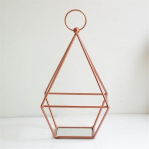 Candle holder in rose gold